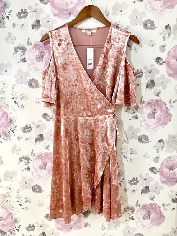 Большой выбор!платье велюр с открытыми плечами - Фото 2