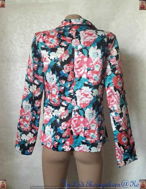 Новый атласный нарядный пиджак/жакет в цветочный принт, размер... - Фото 2