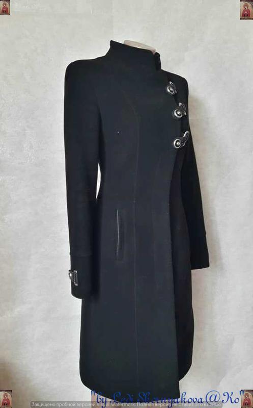 Базовое строгое чёрное пальто деми с кожаными вставками на 70 ... - Фото 3