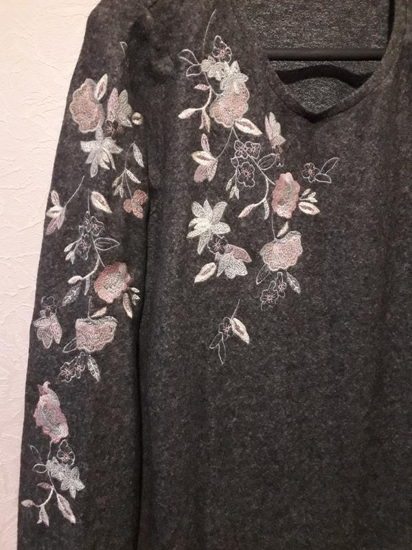 Женский серый джемпер пуловер кофта next с вышивкой цветы разр... - Фото 3