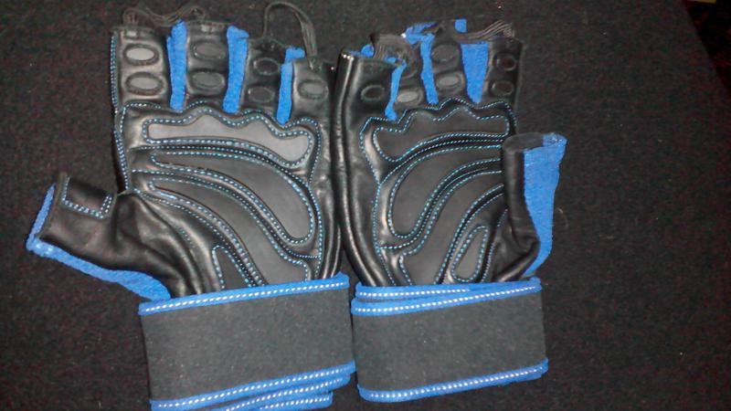 Тренировочные перчатки Premium IronMaxx - Фото 2