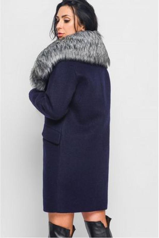 Зимнее пальто с меховым воротником. Размер 46. Цвет синий - Фото 2