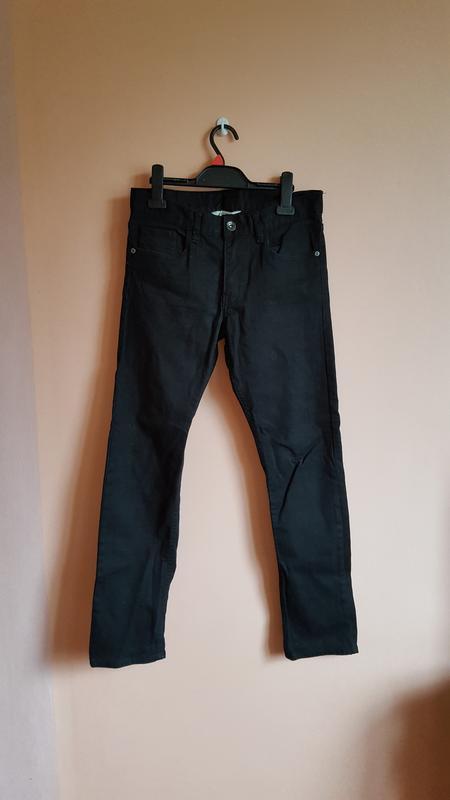 Черные джинсы на мальчика 12-13 лет