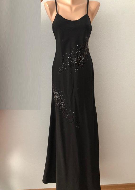 Черное платье в пол со стразами размер м