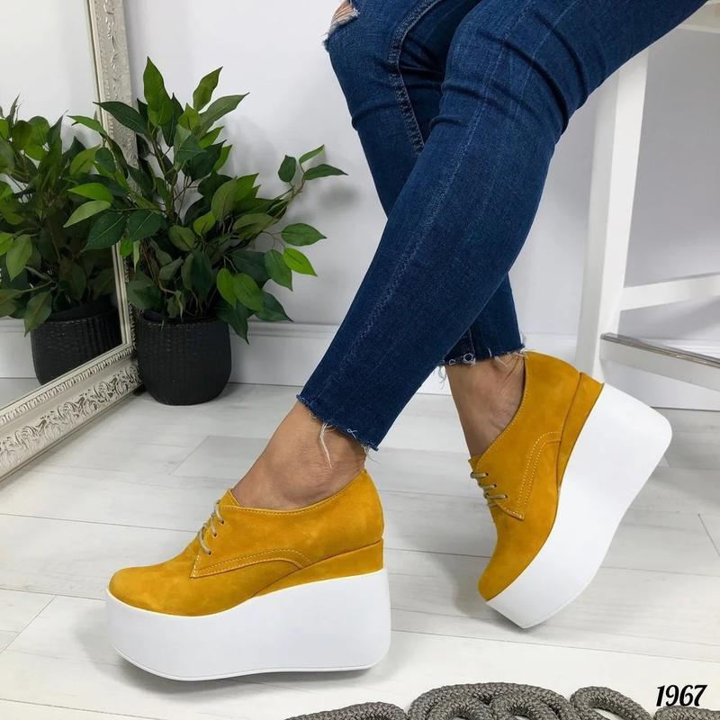 Туфли женские желтого цвета